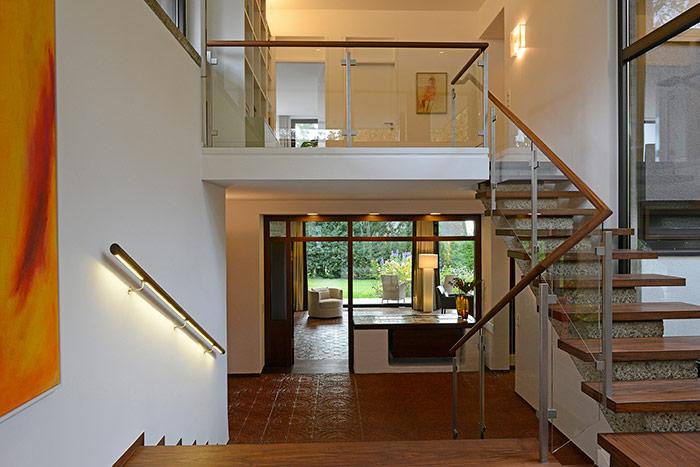haus p2 innenausbau schmid schreinerei startseite design bilder. Black Bedroom Furniture Sets. Home Design Ideas